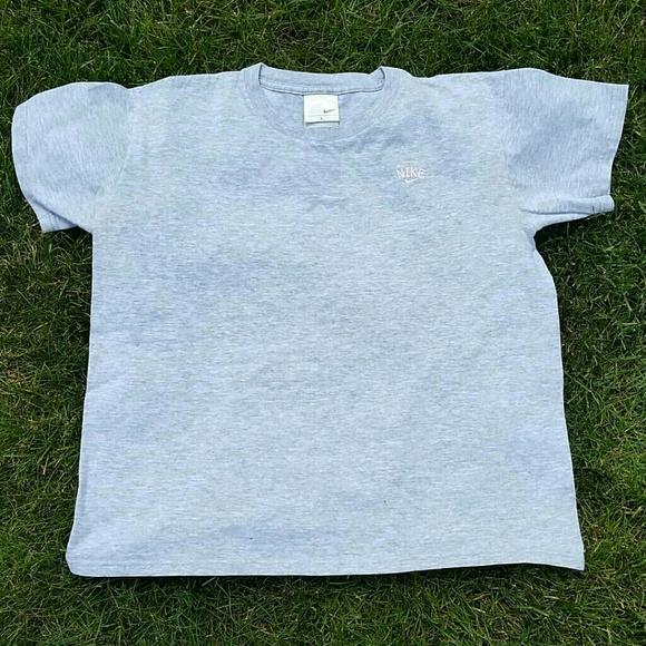 606e640d9 Nike Tops | Vintage Spelloutswoosh Tshirt Size L | Poshmark
